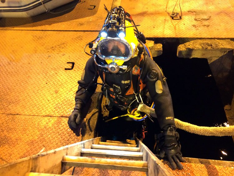 confined space diving