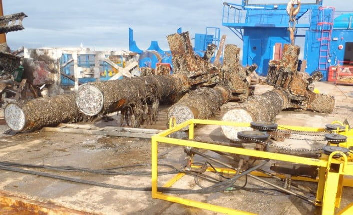 remove submerged reinforced concrete piles