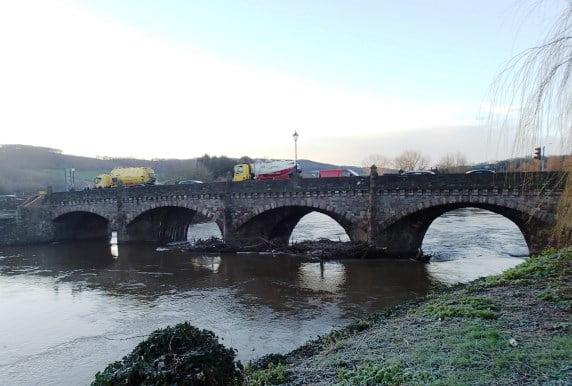 flood debris bridge blockage