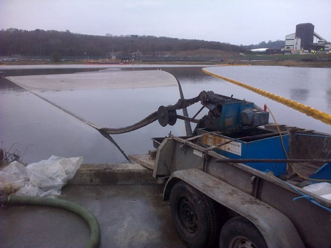 oil spillage recovery skimmer